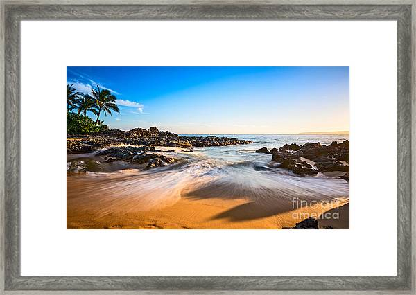 Beach Paradise - Beautiful And Secluded Secret Beach In Maui. Framed Print