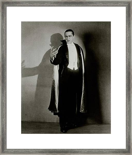Bela Lugosi As Dracula Framed Print by Florence Vandamm