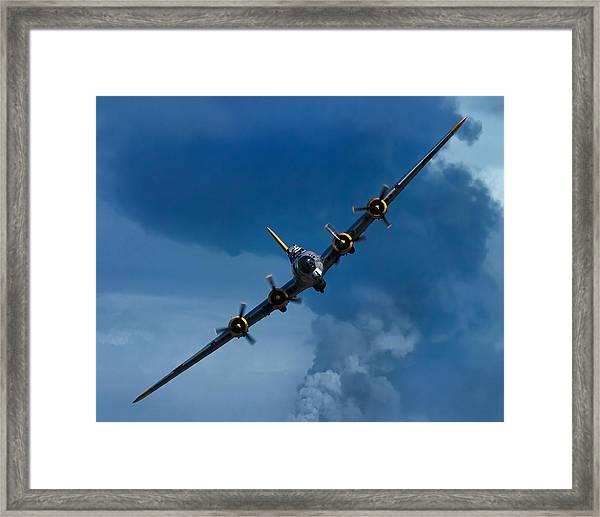 Boeing B-17 Flying Fortress Framed Print