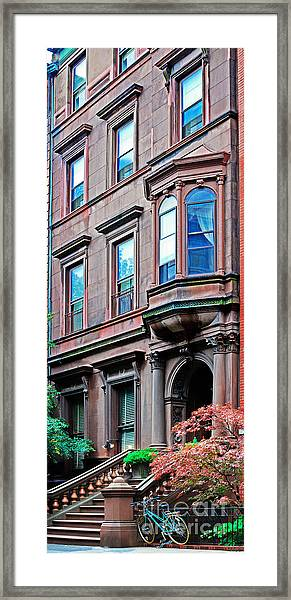 Brooklyn Heights - Nyc - Classic Building And Bike Framed Print