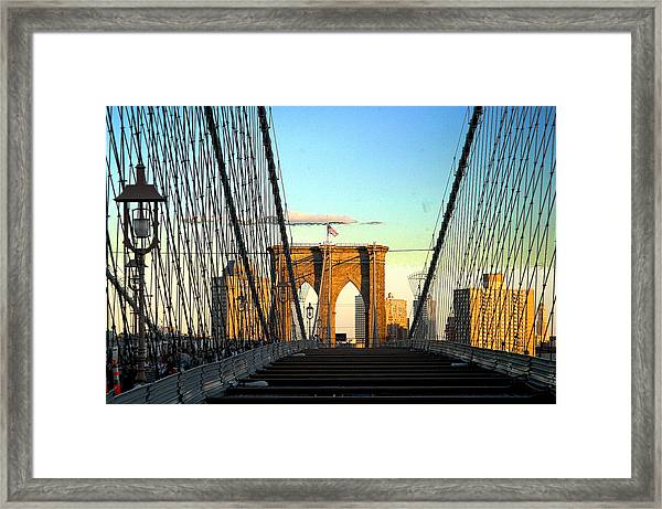 Brooklynbridge Framed Print by Frank Savarese