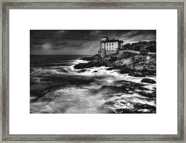 Calafuria. Framed Print