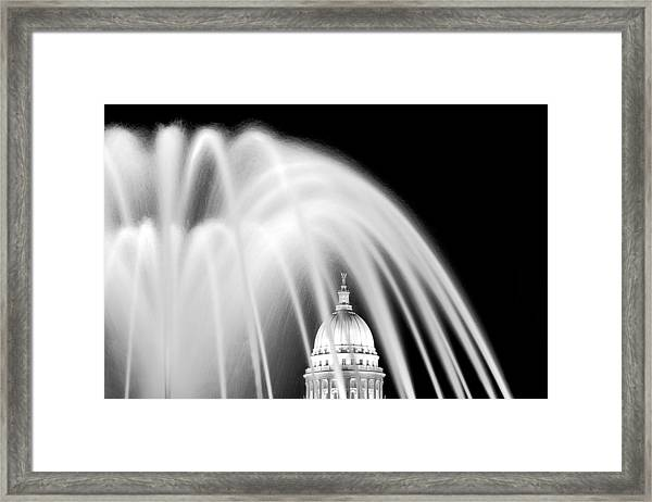 Capitol Fountain Framed Print