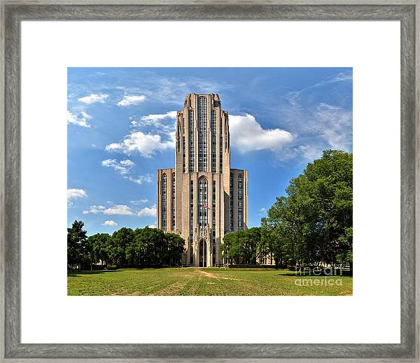 Cathedral Of Learning Pittsburgh Pa Framed Print