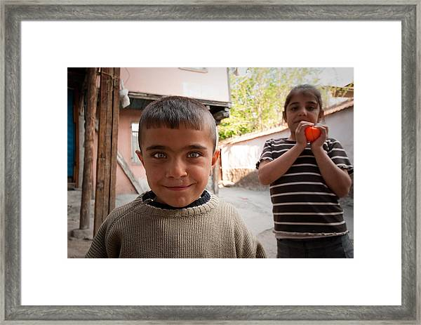Children In Ankara Framed Print by Pedro Nunez