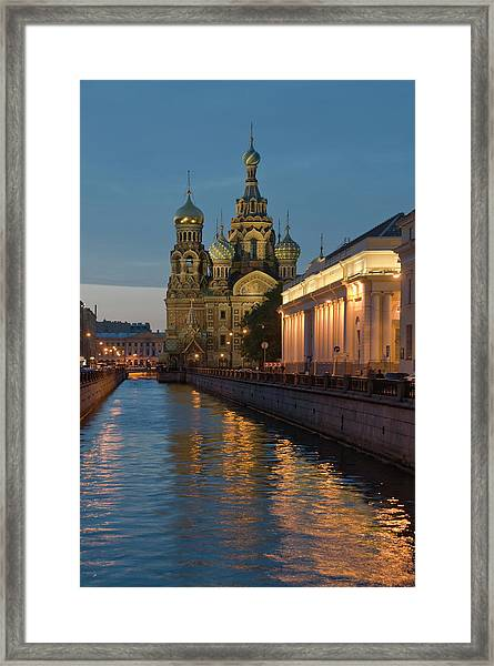 Church Of The Saviour On Spilled Blood Framed Print