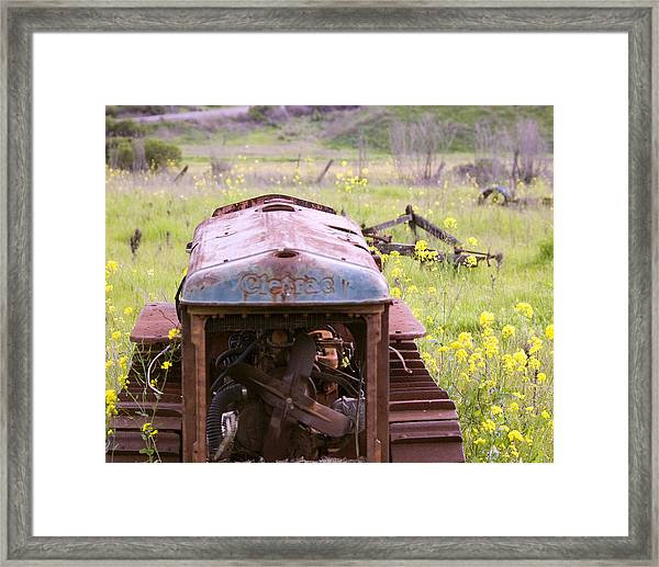 Framed Print featuring the photograph Cletrac Tractor In Fairfield by William Havle