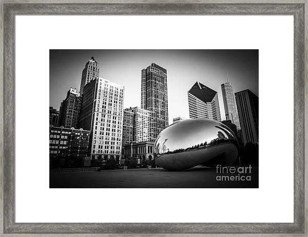 Cloud Gate Bean Chicago Skyline In Black And White Framed Print by Paul Velgos