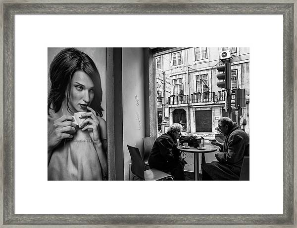 Coffeea?s Conversations Framed Print by Luis Sarmento