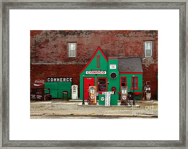 Framed Print featuring the photograph Conoco Station On Route 66 by Mel Steinhauer