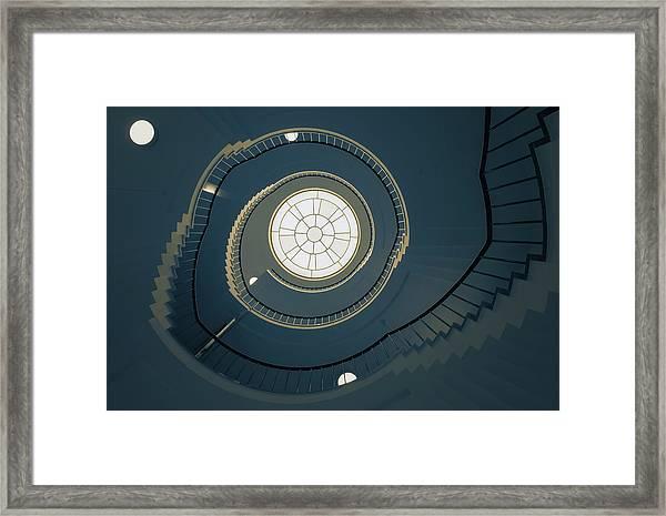 Curl-1 Framed Print