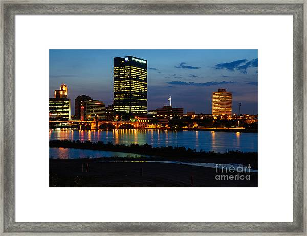 D12u152 Toledo Ohio Skyline Photo Framed Print