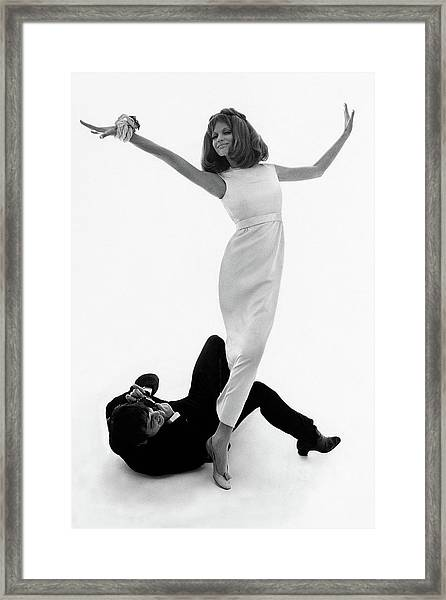 David Bailey Taking A Photograph Of Veruschka Framed Print