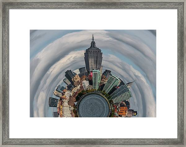 Dont Look Down Framed Print by Tom Reese, Www.wowography.com