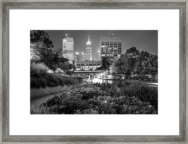 Downtown Indianapolis Skyline At Night - Black And White Framed Print
