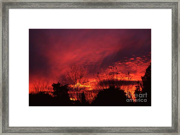 Dundee Sunset Framed Print