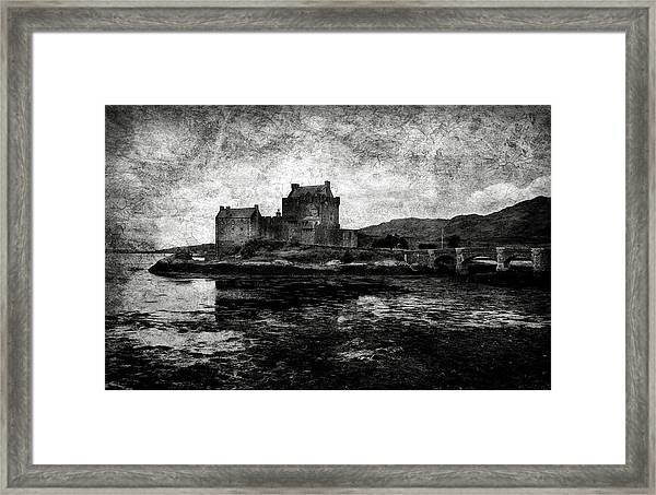 Eilean Donan Castle In Scotland Bw Framed Print