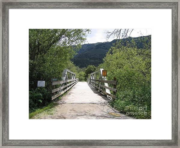 Entrance To Garland Park Framed Print