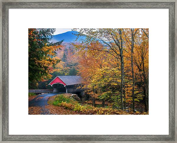 Essence Of New England - New Hampshire Autumn Classic Framed Print