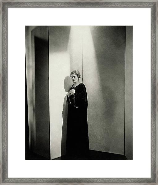 Ethel Barrymore As Ophelia In Hamlet Framed Print