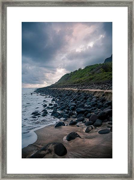 Evening Arrives At Kalalau 2 Framed Print
