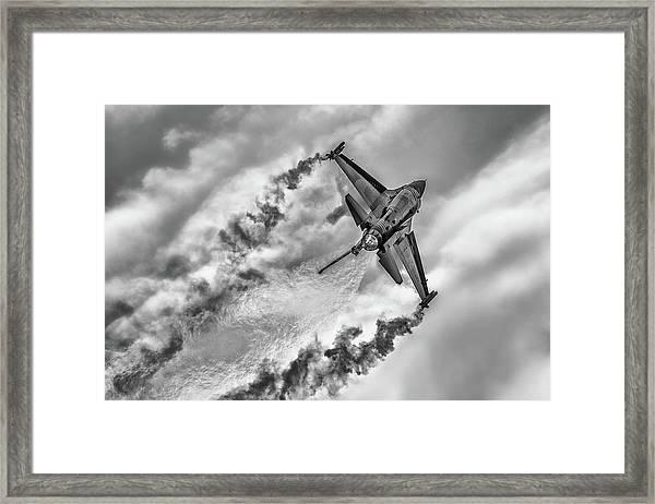 F-16 Solo Turk... Framed Print by Rafa? Czernia