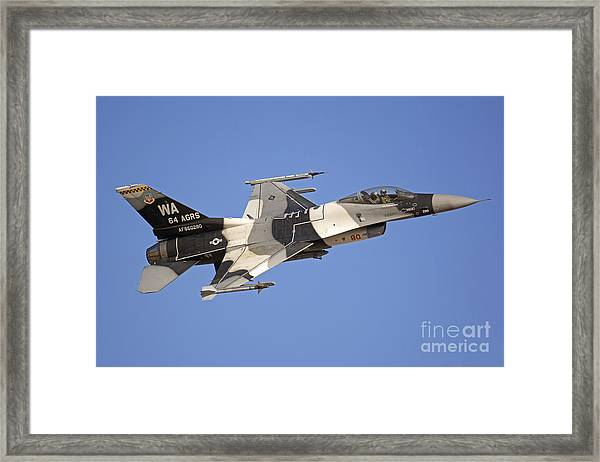 F-16c Fighting Falcon Flying Framed Print