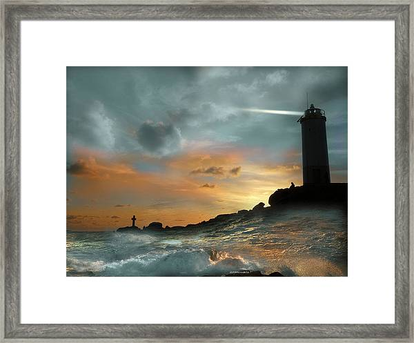 Faro En Mar Bravo Framed Print