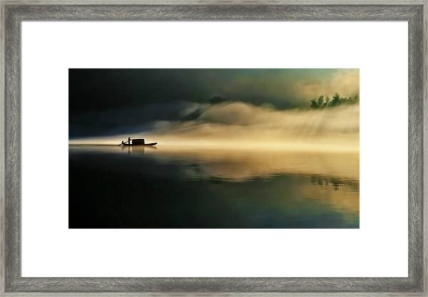 Fog Sprinkle The East River Framed Print by Hua Zhu