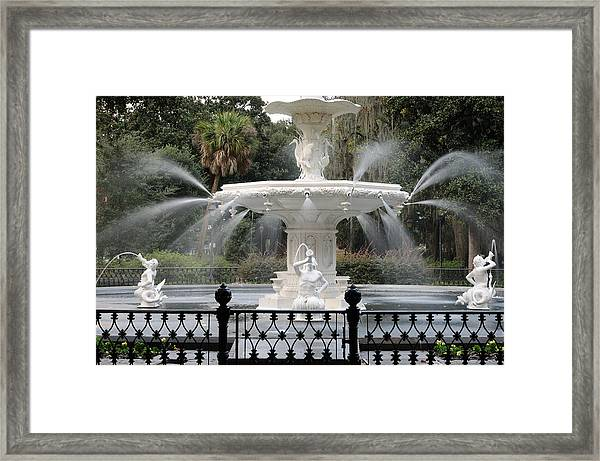 Fountain At Forsyth Park Savannah Framed Print