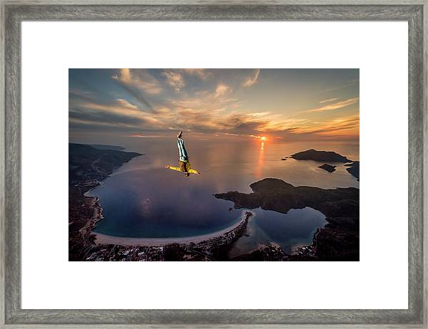 Freefalling With Guillaume Galvani Framed Print by Tristan Shu