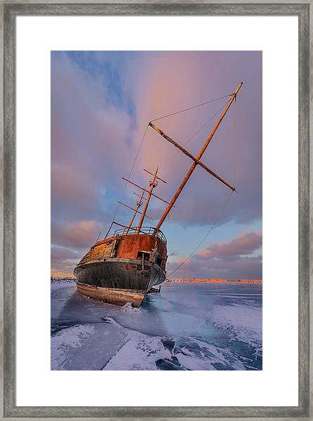 Frozen Framed Print by Richard Huang