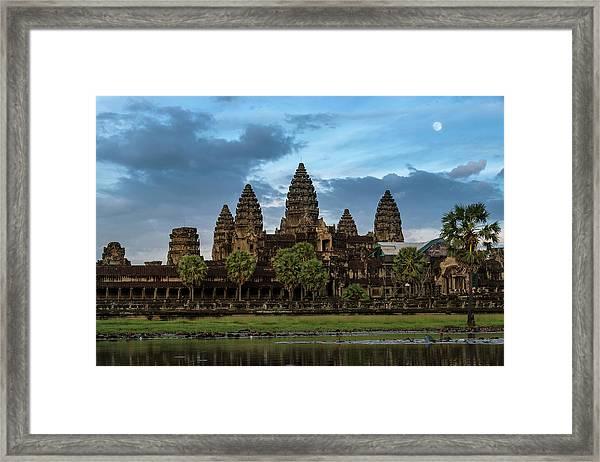 Fullmoon At Angkor Wat Framed Print