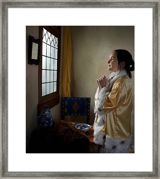 Girl With A Pearl Necklace Framed Print