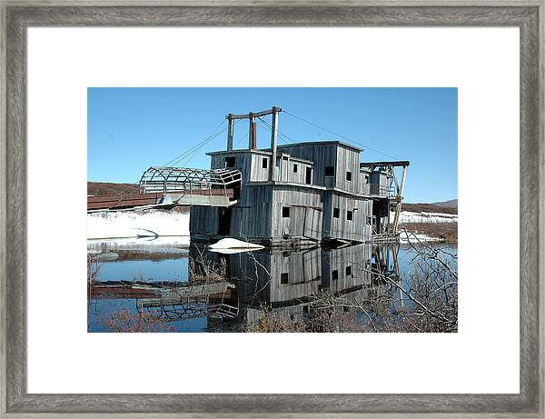 Gold Dredge by Peter Tyson