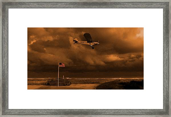 Framed Print featuring the photograph Good Night Wildwood Beach by David Dehner