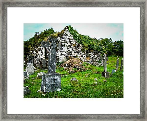 Graveyard And Church Ruins On Ireland's Mizen Peninsula Framed Print