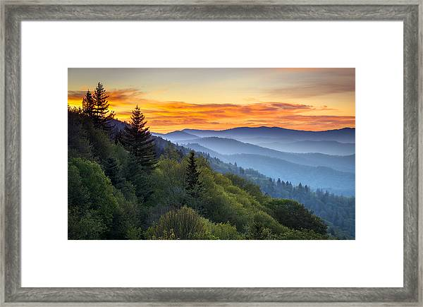 Great Smoky Mountains National Park - Morning Haze At Oconaluftee Framed Print