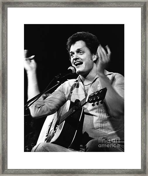 Harry Chapin 1977 Framed Print by Chris Walter