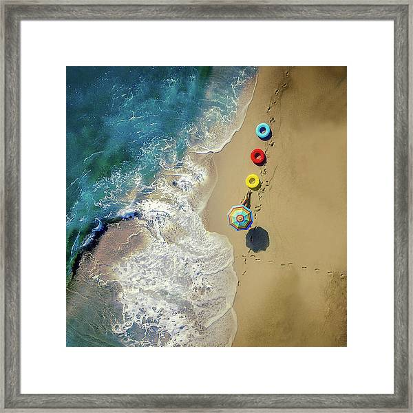 Hi Summer! Framed Print