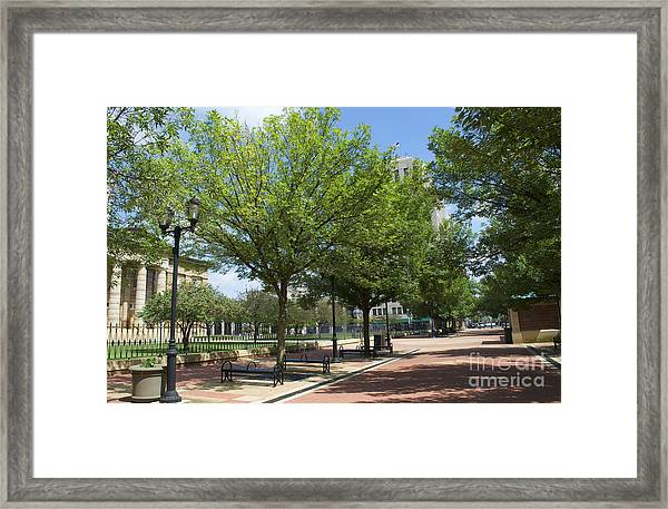 Lincoln Square Springfield Il - Luther Fine Art Framed Print