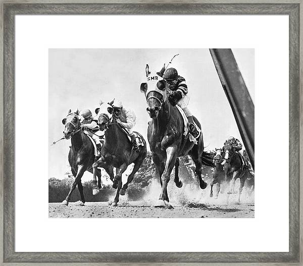 Horse Racing At Belmont Park Framed Print