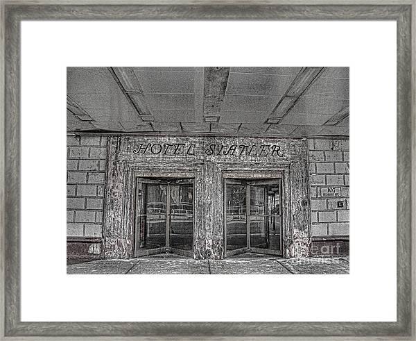 Hotel Statler Buffalo Ny Framed Print