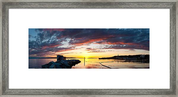 Hulk Cloud Arch Framed Print
