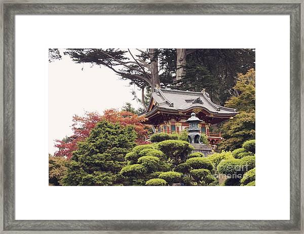 In The Tea Garden Framed Print