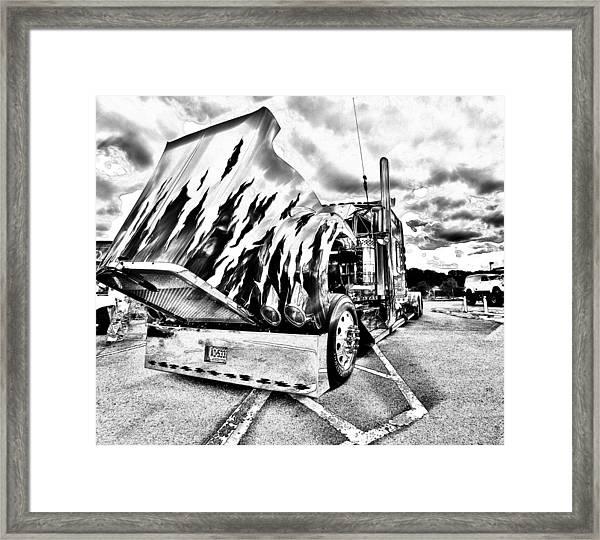 Kenworth Rig Framed Print