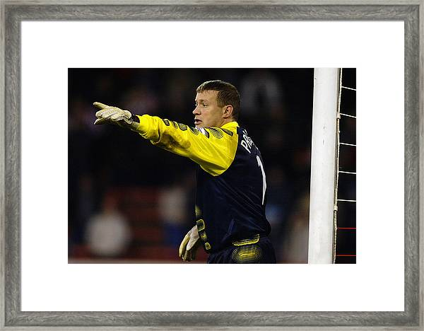 Kevin Pressman Of Sheffield Wednesday Framed Print by Laurence Griffiths