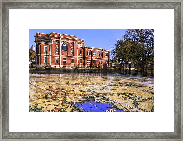 Kiowa County Courthouse With Mural - Hobart - Oklahoma Framed Print