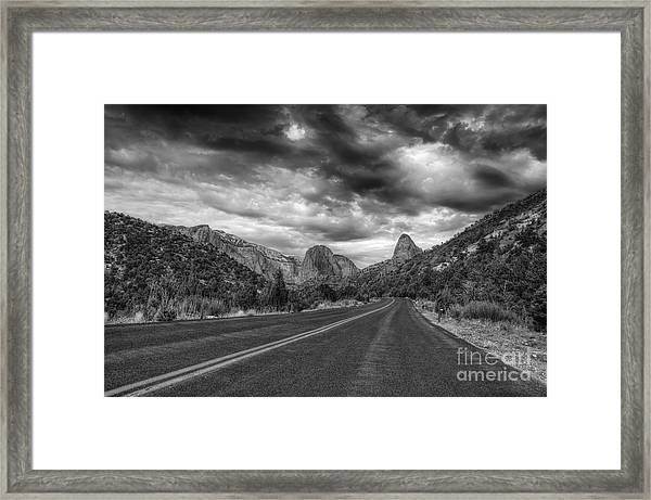 Kolob Canyon Black And White Framed Print