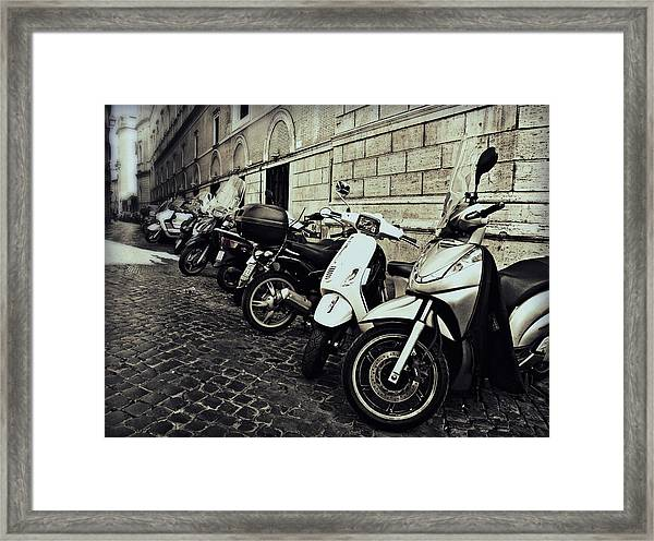 La Terra Di Moto Framed Print